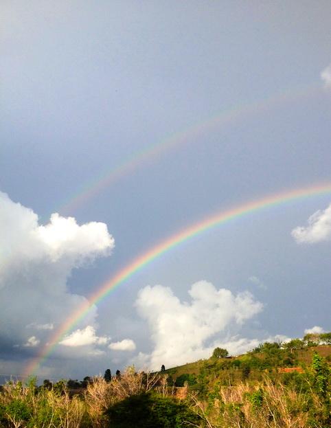 Doble arcoiris en el 10º aniversario de la partida de la sierva de Dios María Esperanza