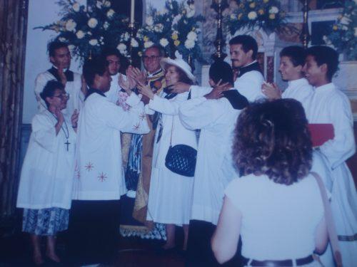 Mons. José Omaña, sacerdotes, seminaristas y la sierva de Dios María Esperanza, Basílica de la Virgen de la Chiquinquirá, Maracaibo, Edo. Zulia, Vzla. (15-06-1996)