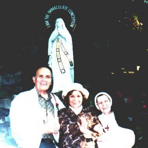 The Bianchinis and Sister Therese, Euclid Heritage Park Cleveland, OH, USA (09-19-1994)